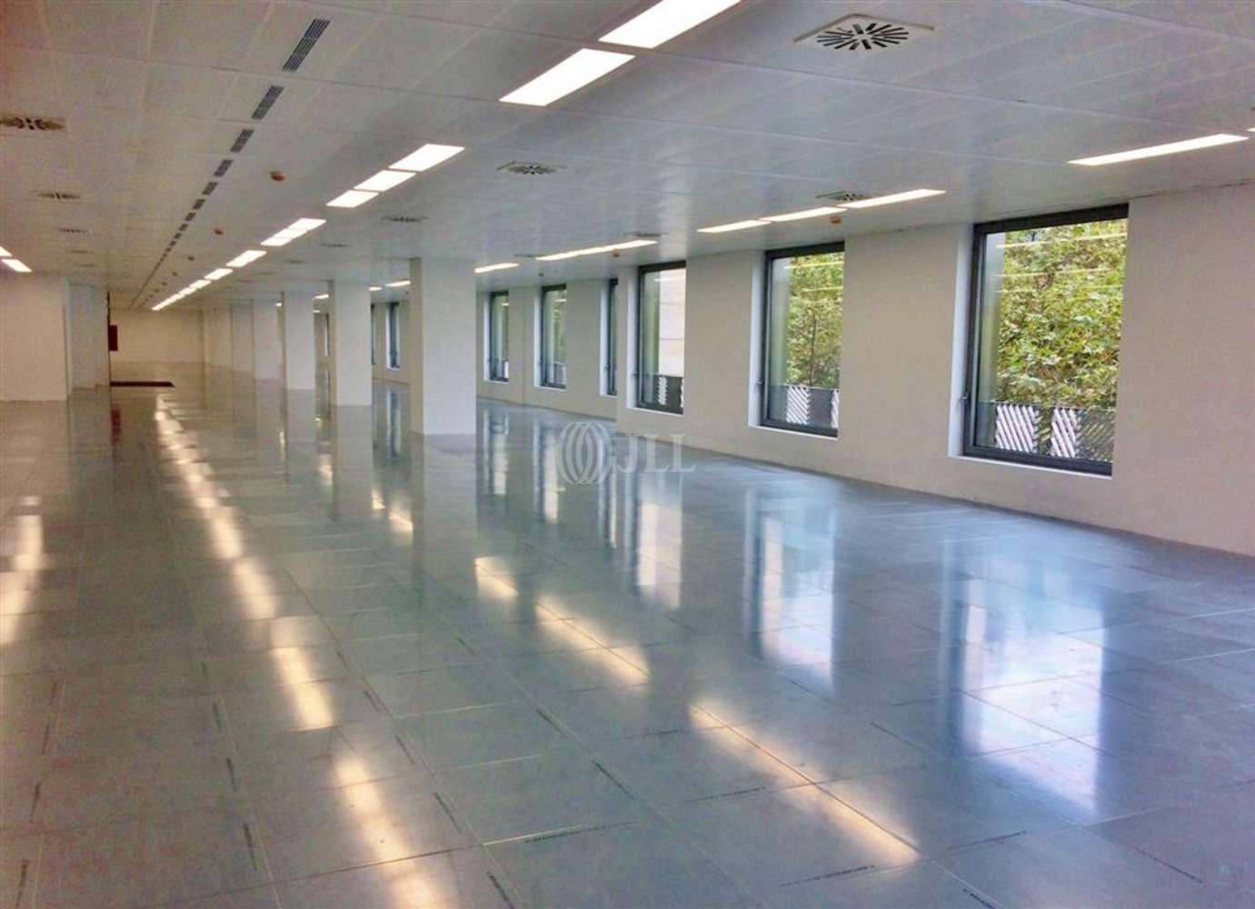 Oficina Barcelona, 08029 - L´ILLA