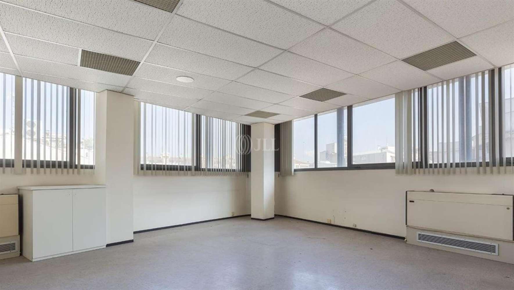 Oficina Sabadell, 8201 - Gràcia 53