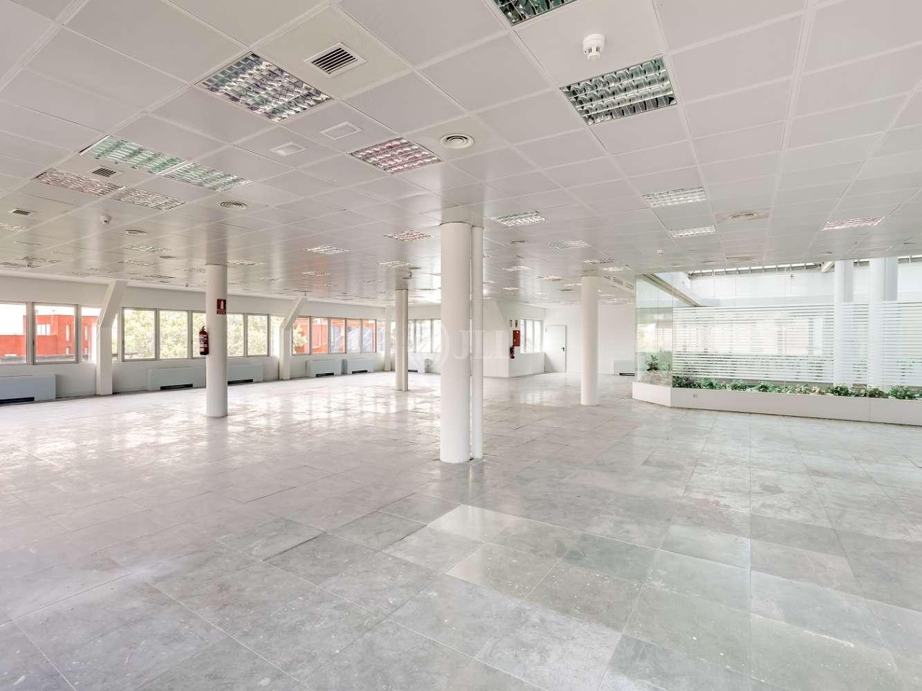 Oficina Madrid, 28027 - Josefa Valcárcel 3