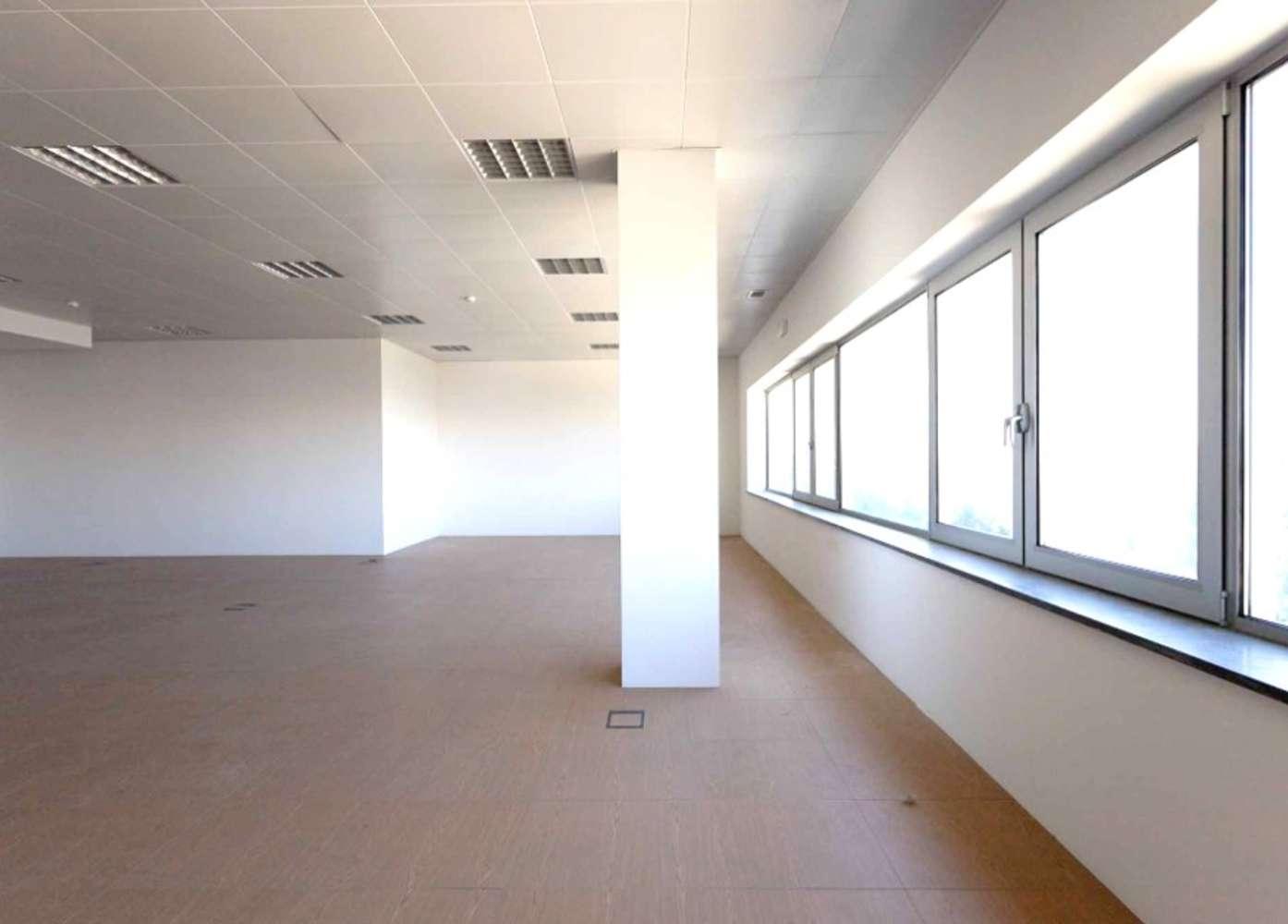 Escritórios Porto salvo, 2740-303 - Edifício Berry