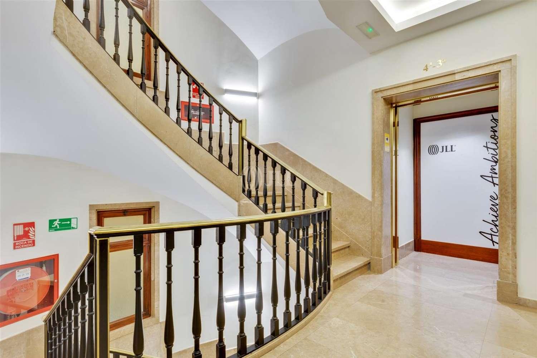 Oficina Barcelona, 8007 - PASSEIG DE GRÀCIA 11 - Escalera A