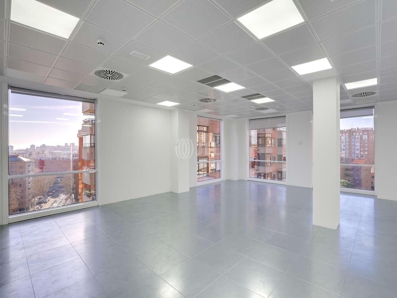 Oficina Madrid, 28033 - ARTURO SORIA 336