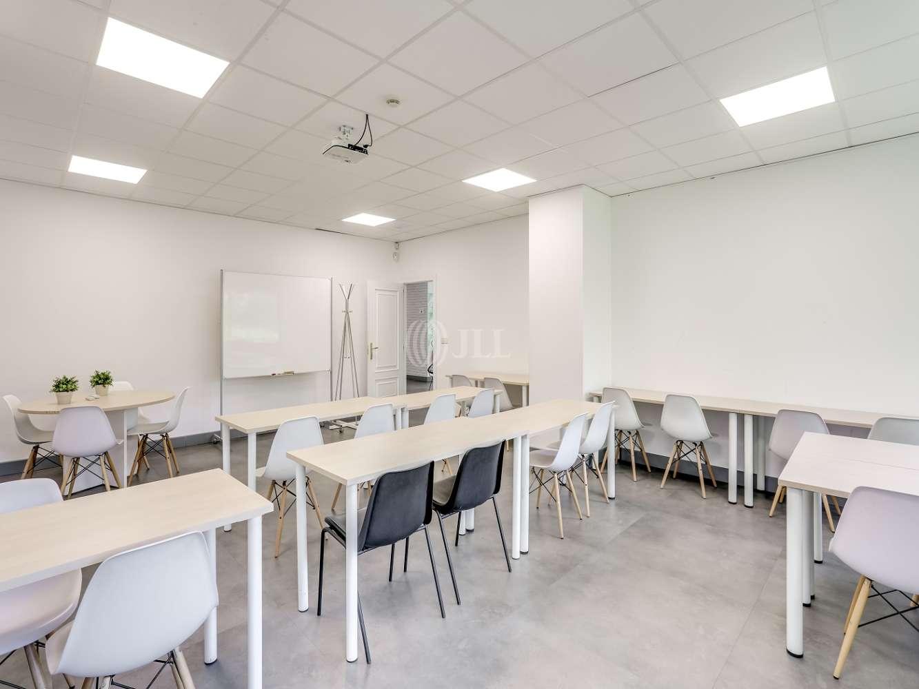 Oficina Madrid, 28020 - Coworking - Brasil 17