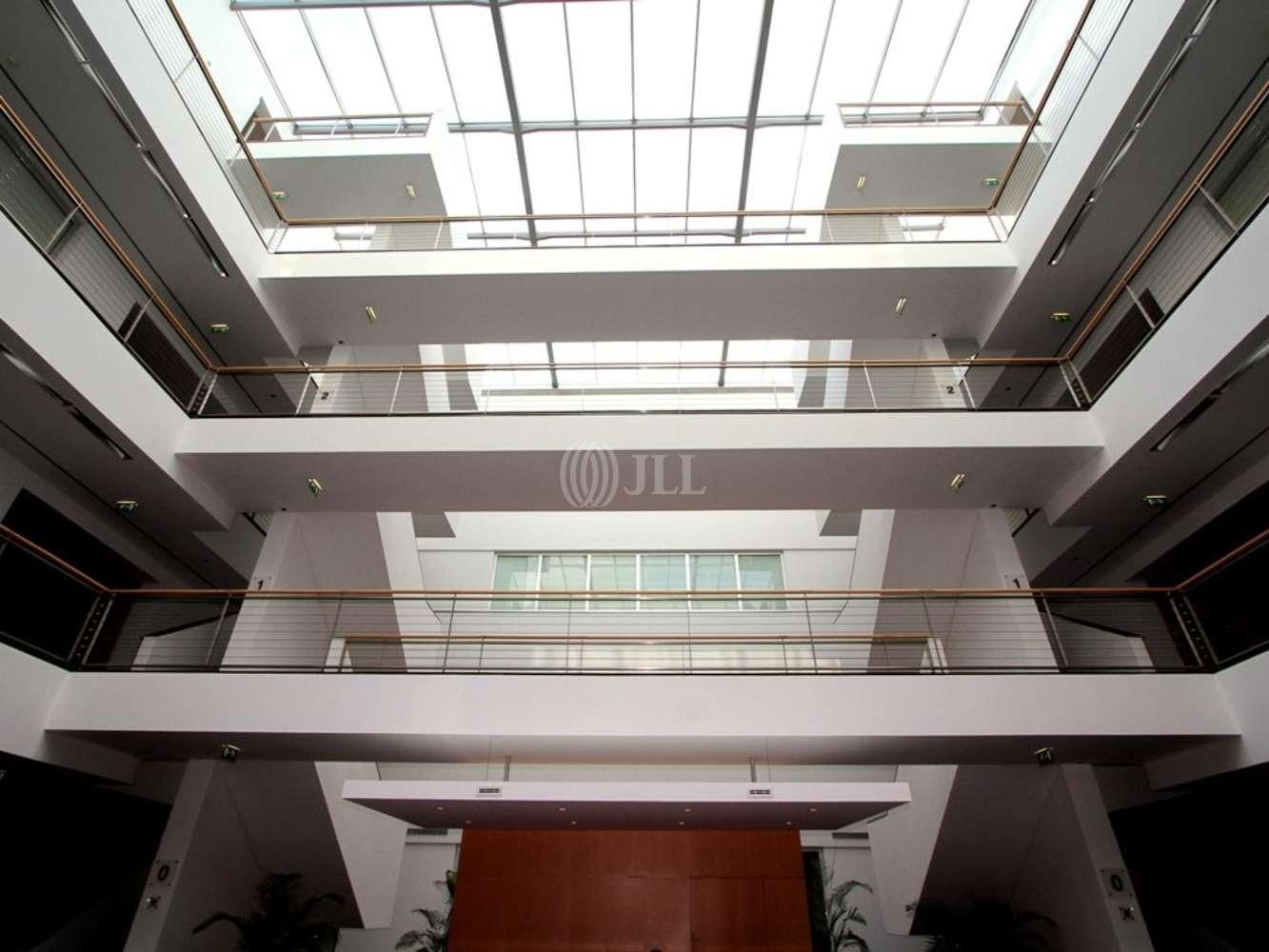 Escritórios Porto salvo, 2740-265 - Lagoas Park - Edifício 11