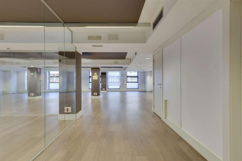 Oficina Barcelona, 08015 - CALABRIA 169