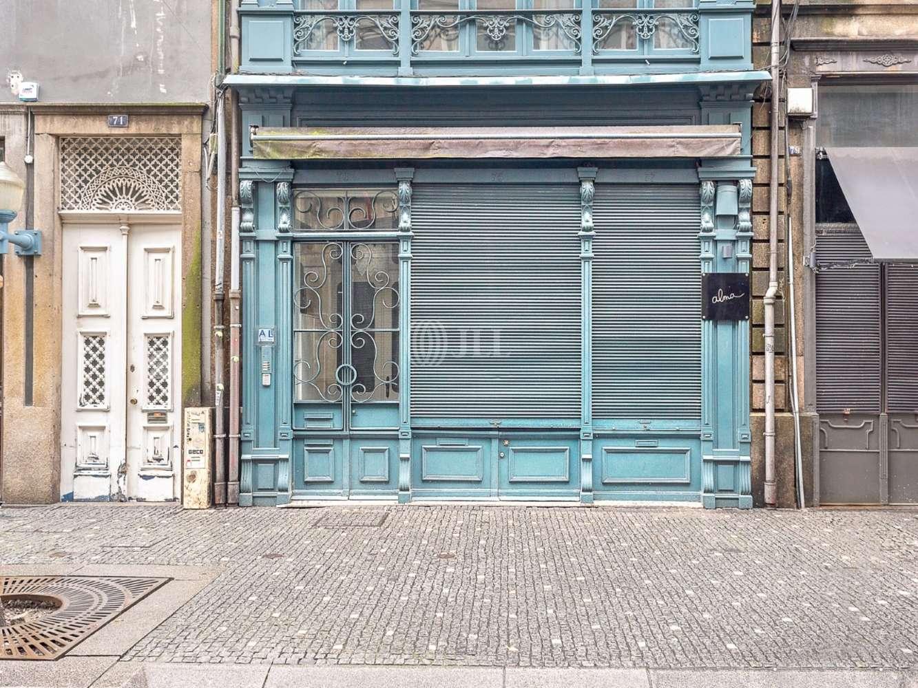 Loja Porto,  - Bar, totalmente equipado e remodelado, nas Galerias de Paris