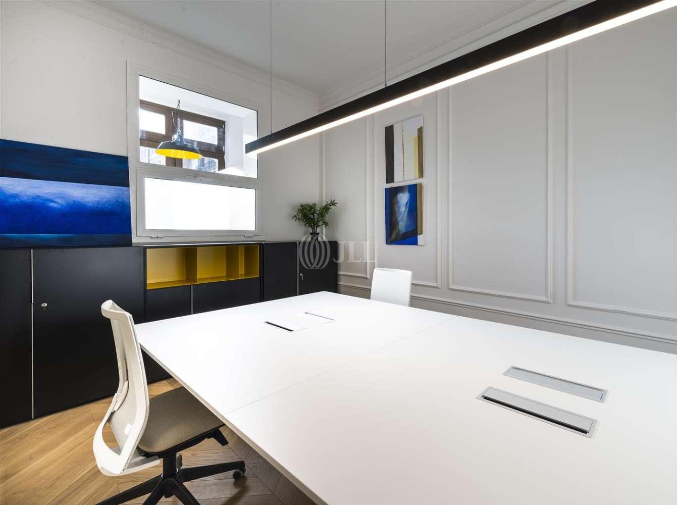 Oficina Barcelona, 08007 - VALENCIA 264