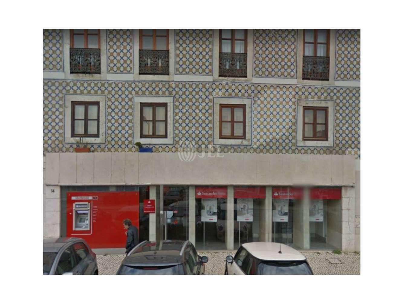 Loja Lisboa,  - Loja na Rua Cais de Santarém