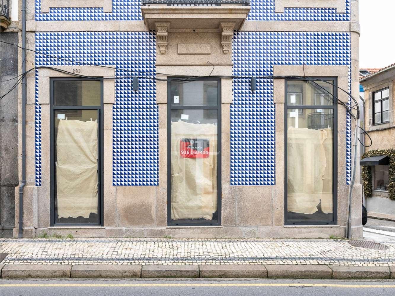 Loja Porto,  - Rua Senhora da Luz 283