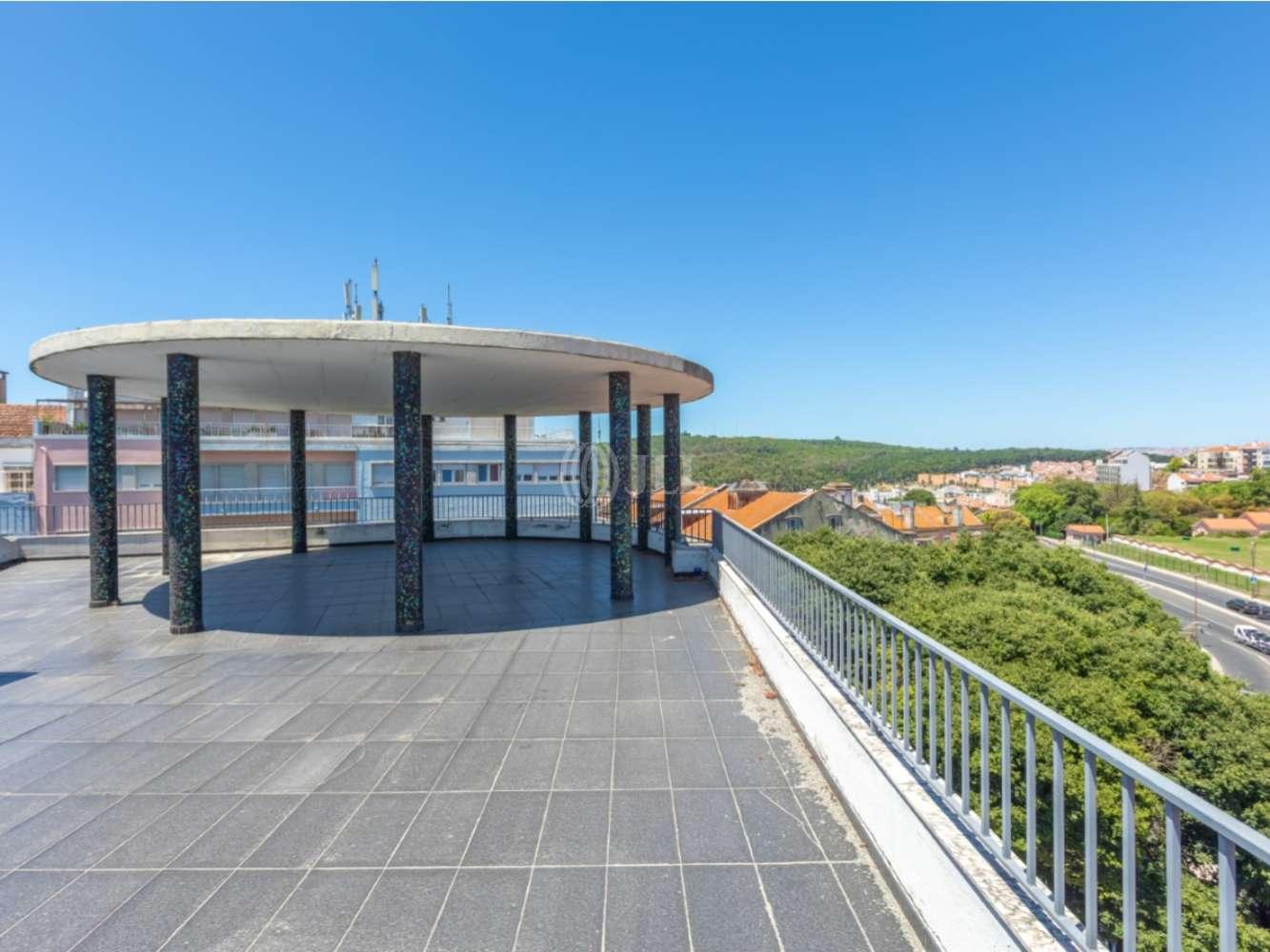 Loja Lisboa,  - Loja com terraço em Campo de Ourique, Lisboa