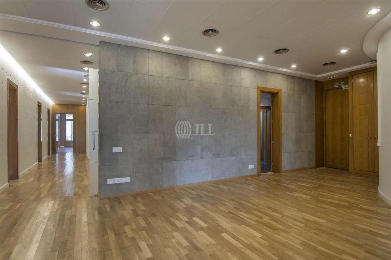 Oficina Barcelona, 08007 - GRACIA 61