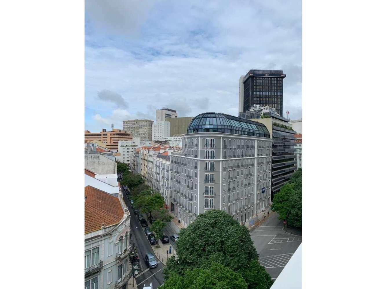 Centro comercial Lisboa,  - Casal Ribeiro 37