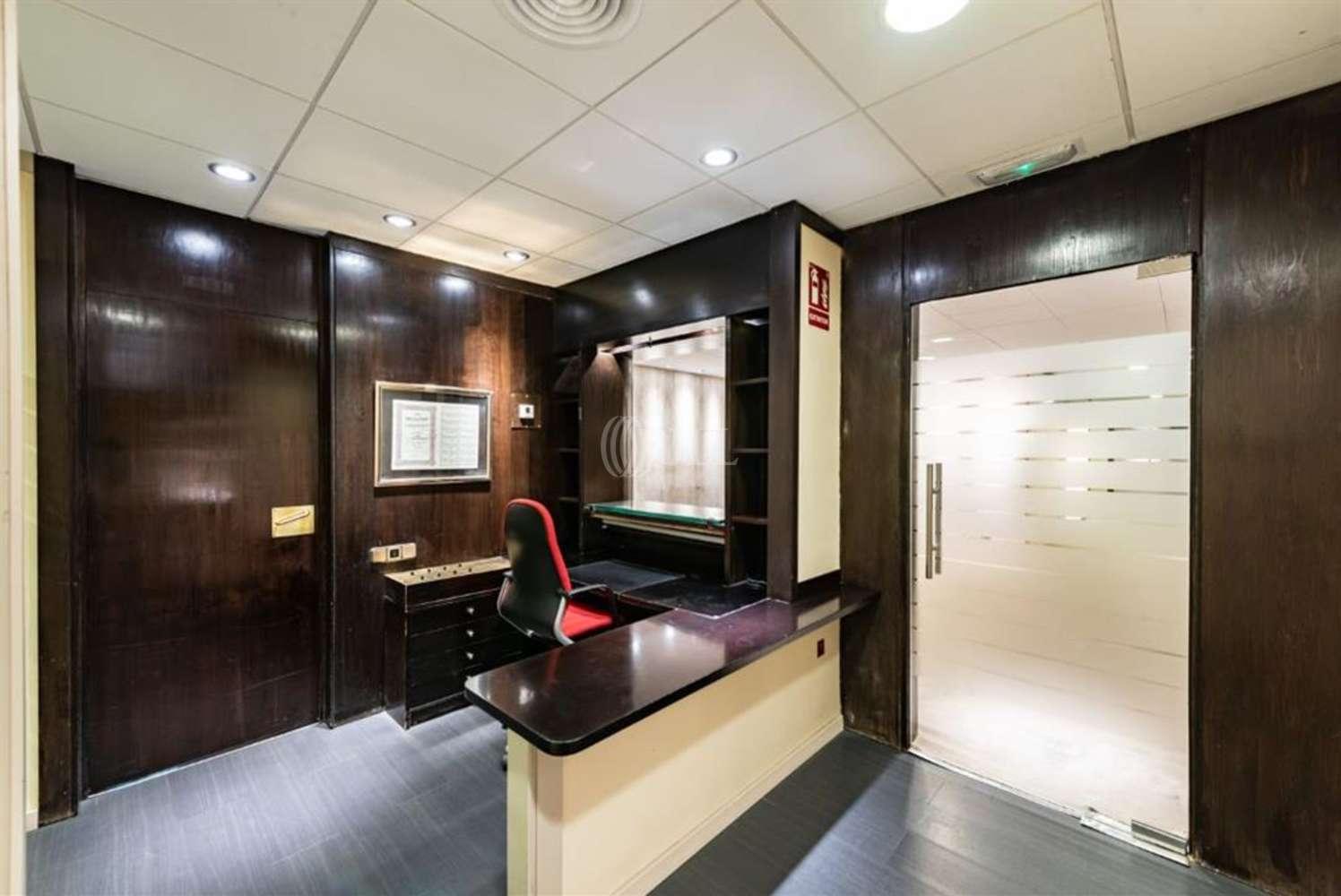 Oficina Barcelona, 08008 - Còrsega 299