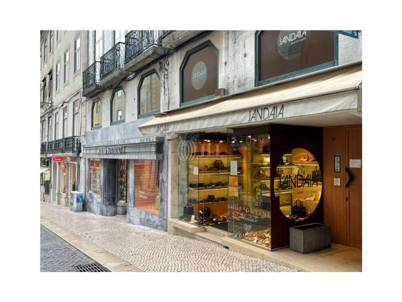 Loja Lisboa,  - Loja localizada na Rua do Carmo 78