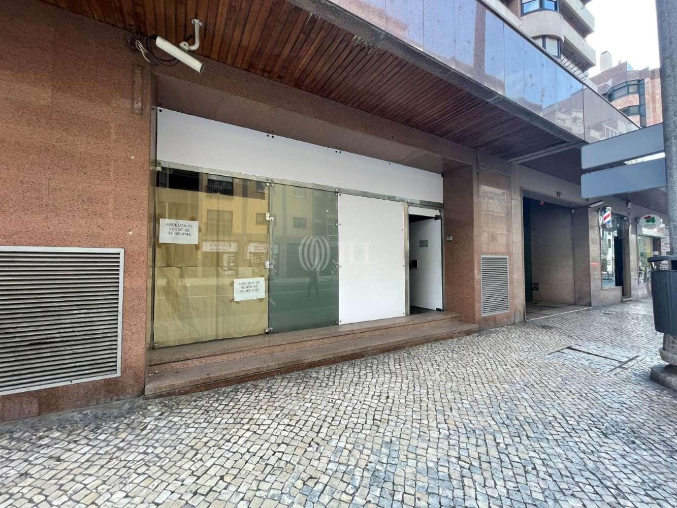Loja Lisboa,  - Loja na Estrada da Luz