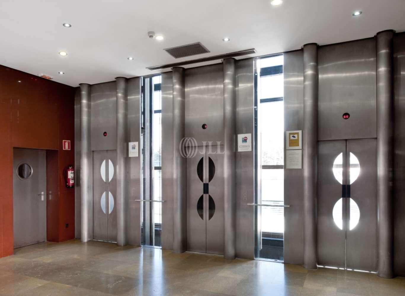 """Oficina Madrid, 28036 - Conjunto """"TRIADA"""" - Edificio A"""
