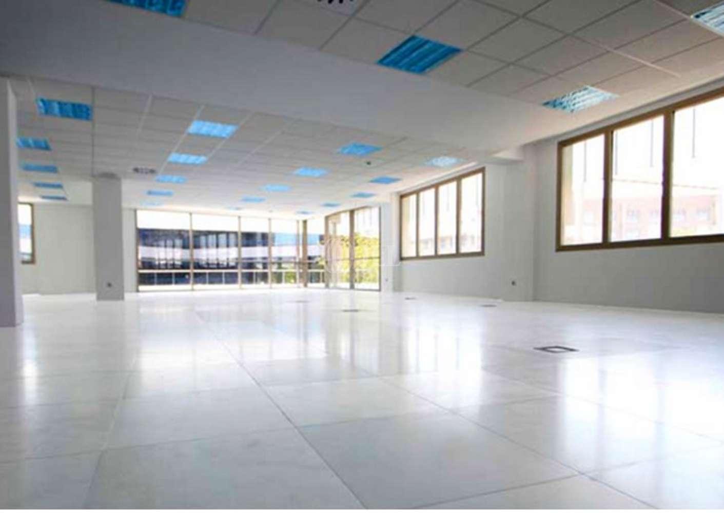 Oficina Madrid, 28037 - JULIAN CAMARILLO 53 - 2533