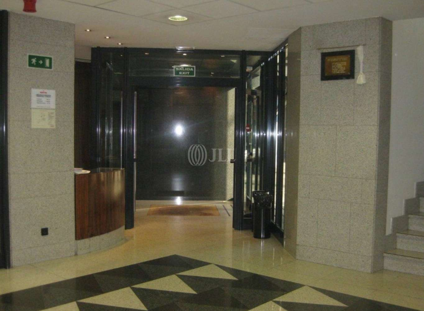 Oficina Iruña, 31008 - LA RIOJA 3 - 2630