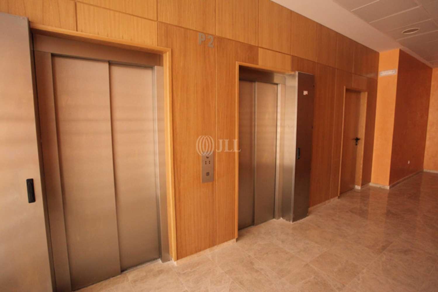 Oficina Sevilla, 41092 - ALBERT EINSTEIN S/N - 5180