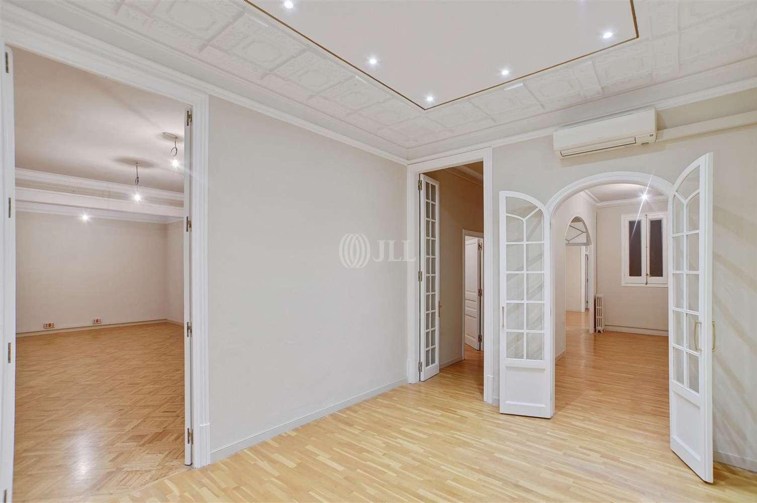 Oficina Barcelona, 08037 - PAU CLARIS 172 - 13095