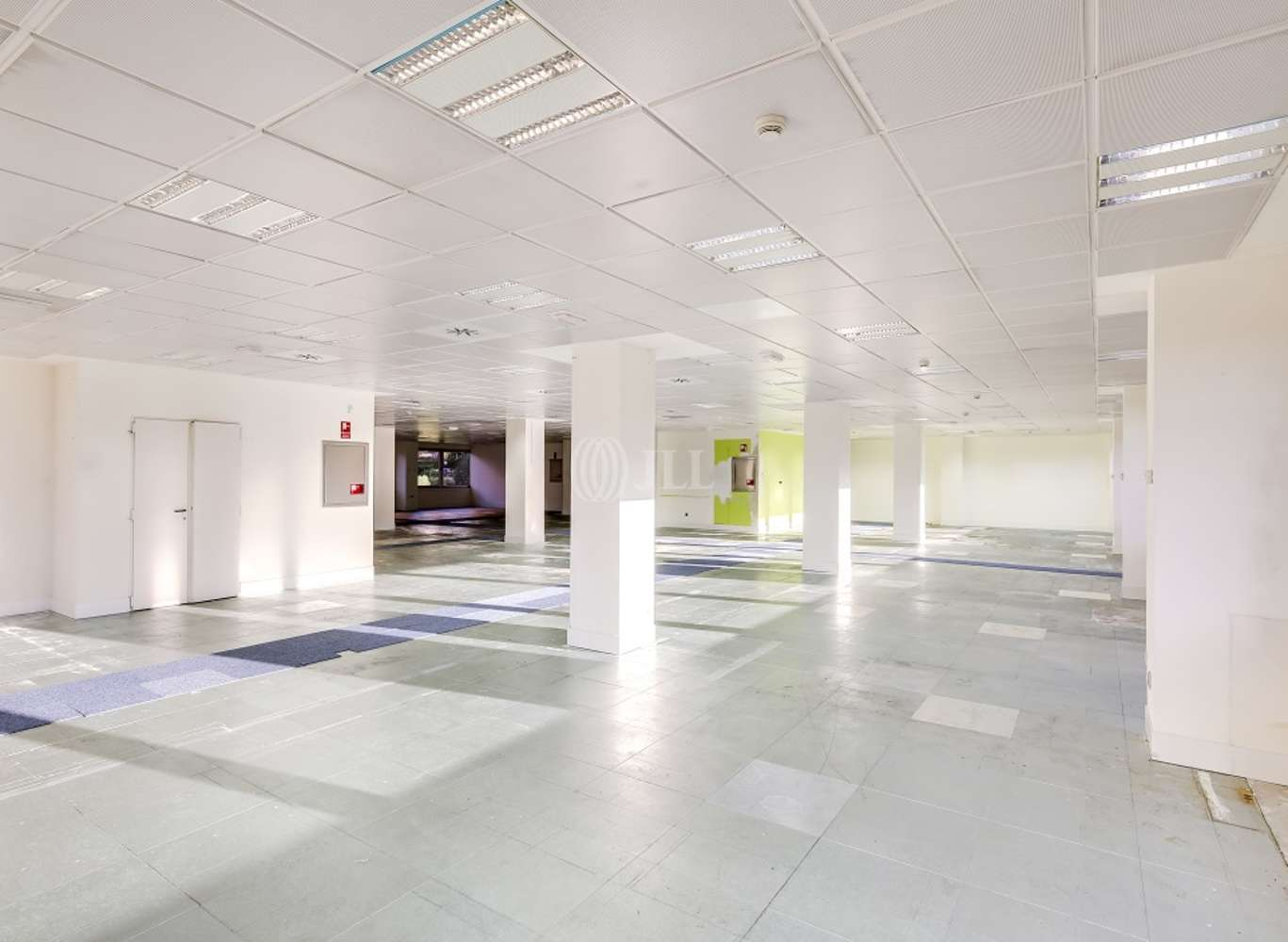 Oficina Madrid, 28035 - SANTIAGO DE COMPOSTELA 94 - 13390