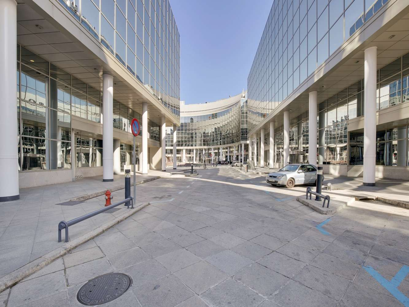 Oficina Madrid, 28016 - CARDENAL MARCELO SPINOLA 14 - 14568