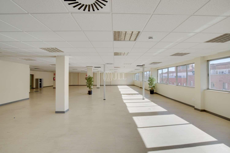 Oficina Madrid, 28002 - LOPEZ DE HOYOS 141 - 14824