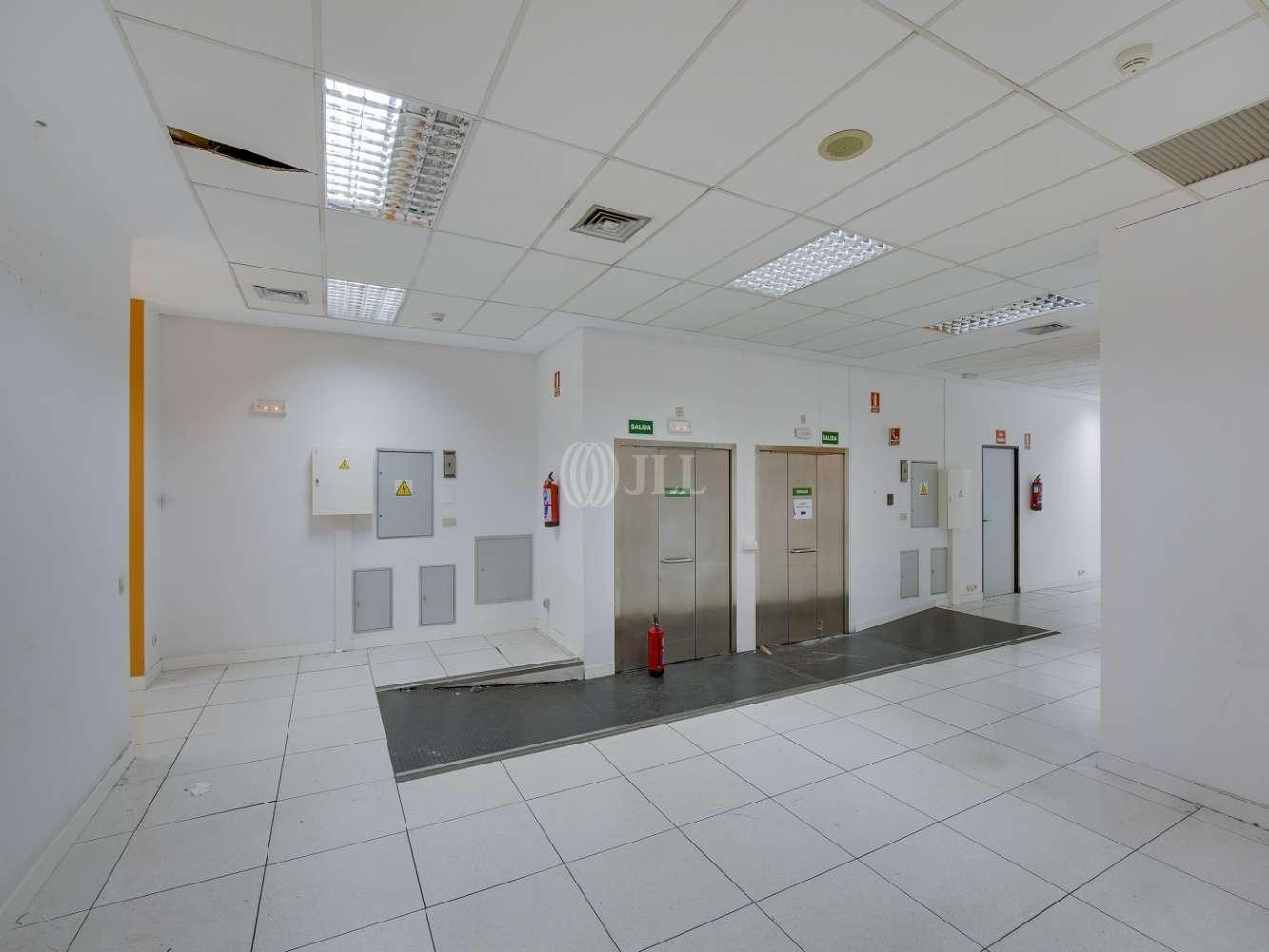 Oficina Madrid, 28034 - ORDUÑA 3 - 15718