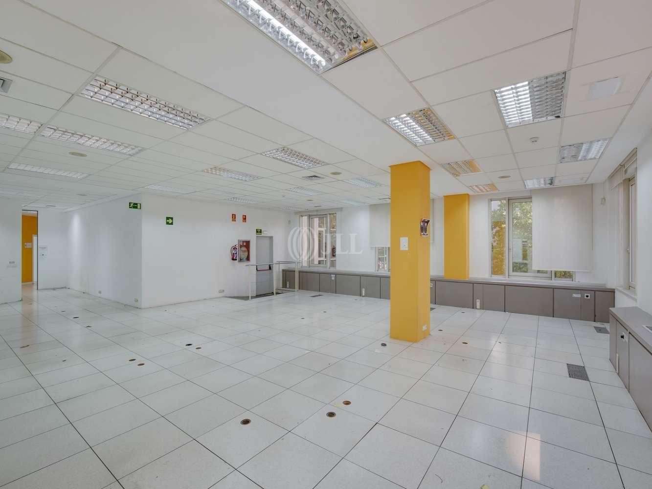 Oficina Madrid, 28034 - ORDUÑA 3 - 15720