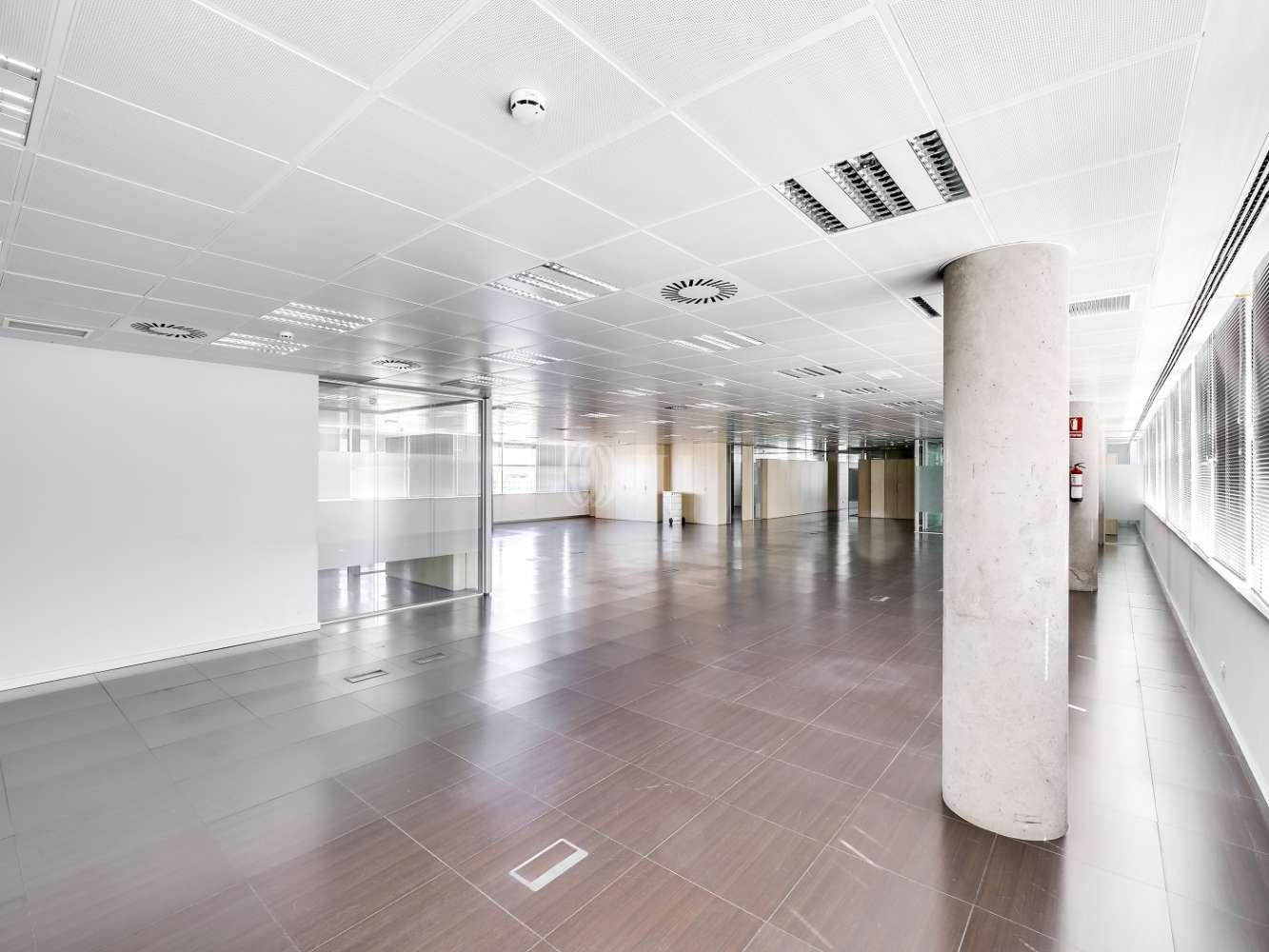 Oficina Madrid, 28050 - PUERTO DE SOMPORT 8 - 15800