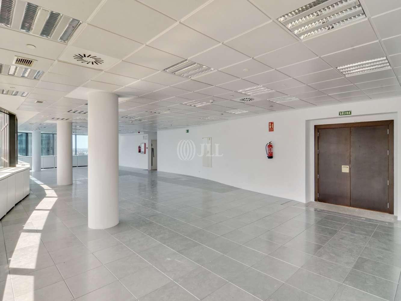 "Oficina Madrid, 28020 - ""ALFREDO MAHOU"" - 15575"