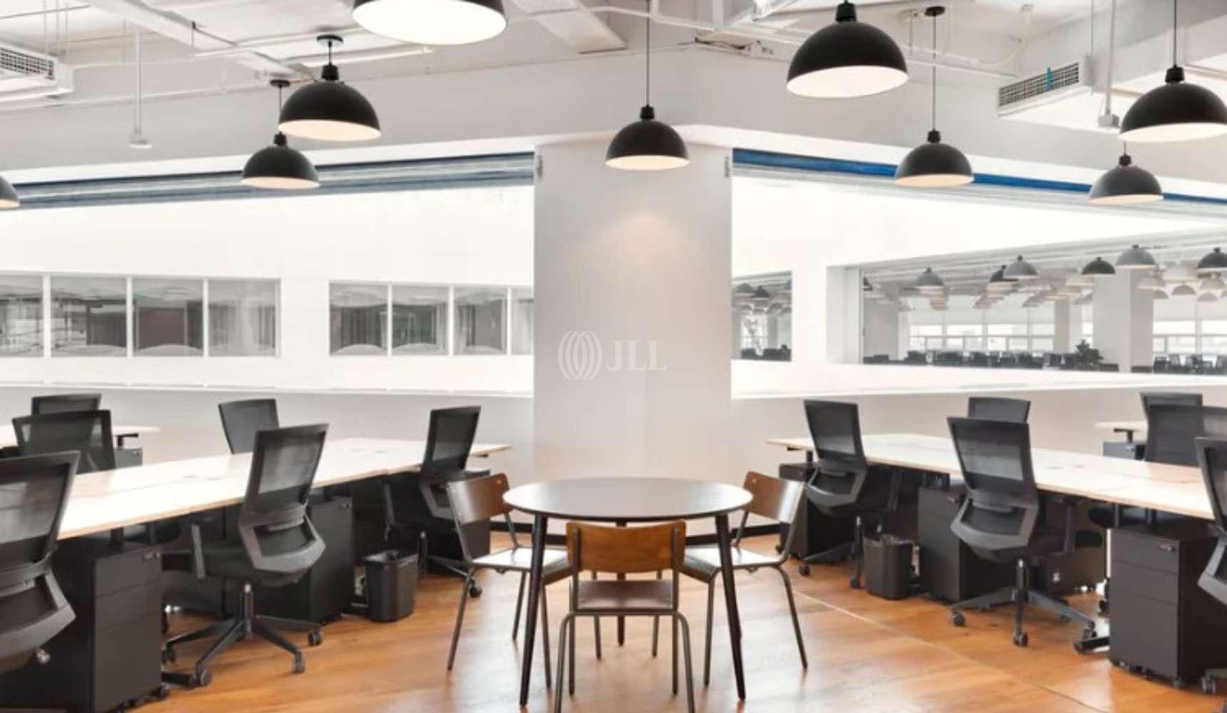 Oficina Madrid, 28006 - Coworking - María de Molina 39 - 17169