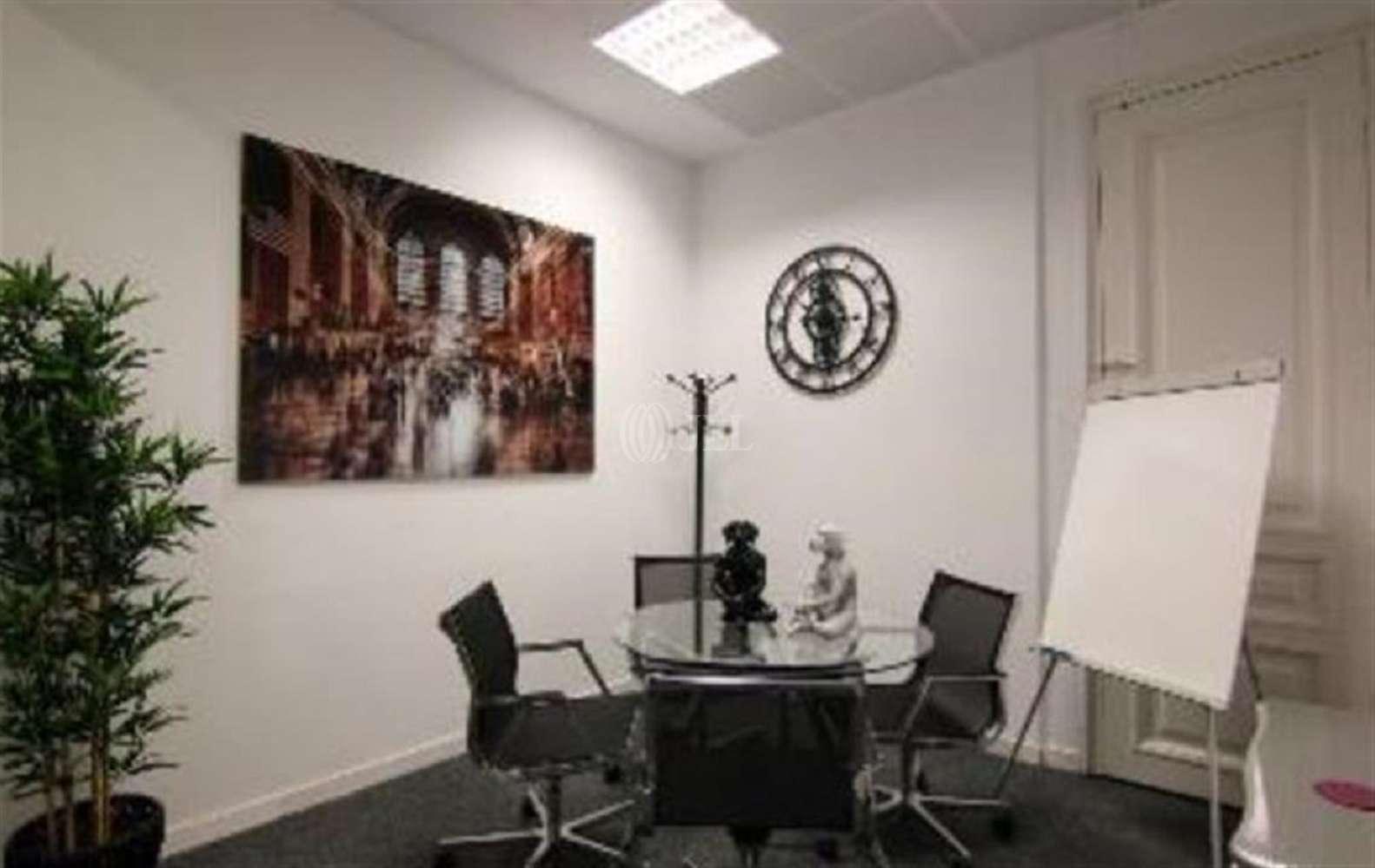 Oficina Barcelona, 08007 - Coworking - BUSINESS CENTER - 18101