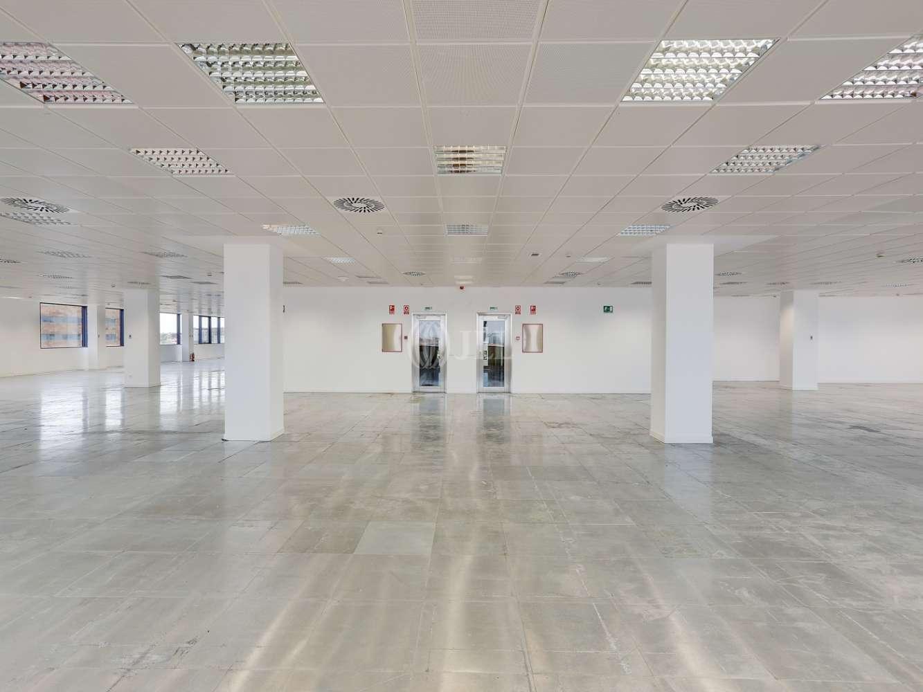 Oficina Madrid, 28050 - Edificio 3 - 18290