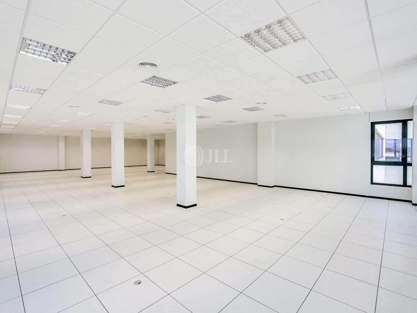 Oficina Madrid, 28031 - Edif 4 (24C) - 18382