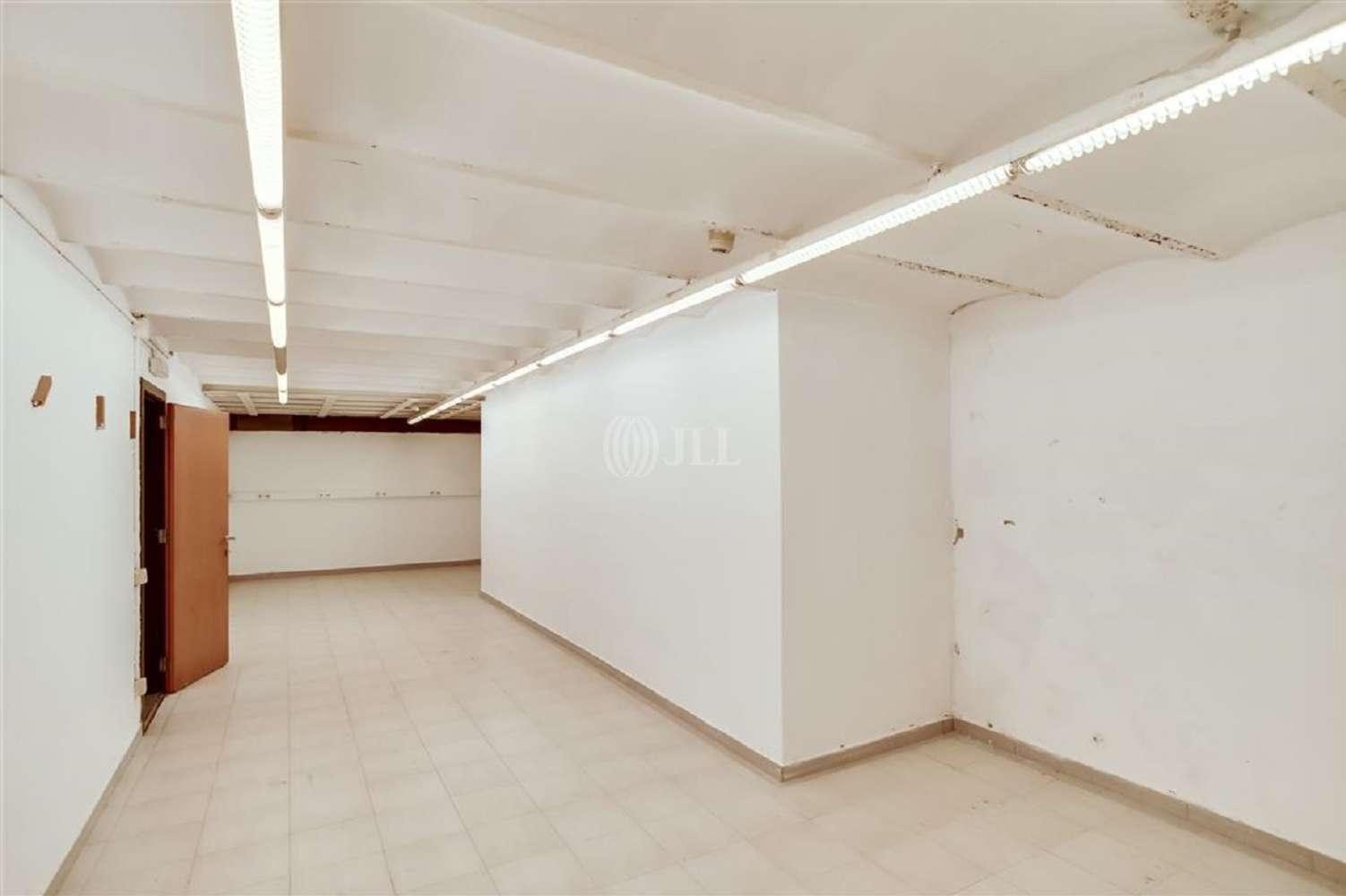 Oficina Barcelona, 08009 - BAILEN 66 - 18432