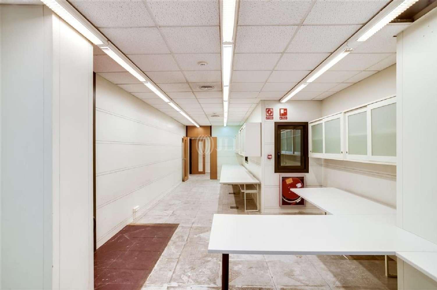 Oficina Barcelona, 08009 - BAILEN 66 - 18433
