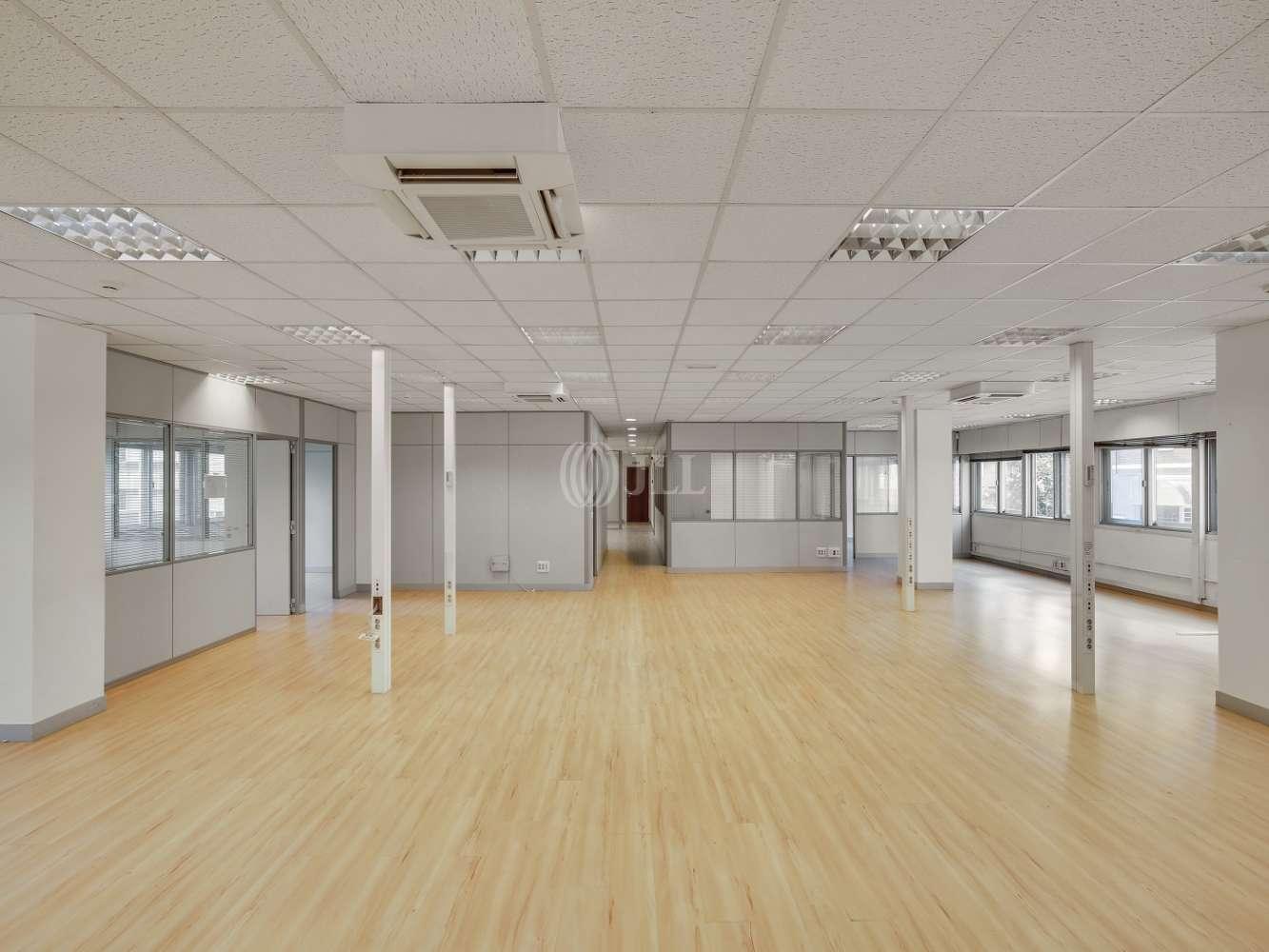 Oficina Madrid, 28046 - LA CASTELLANA 182-184 - 18607