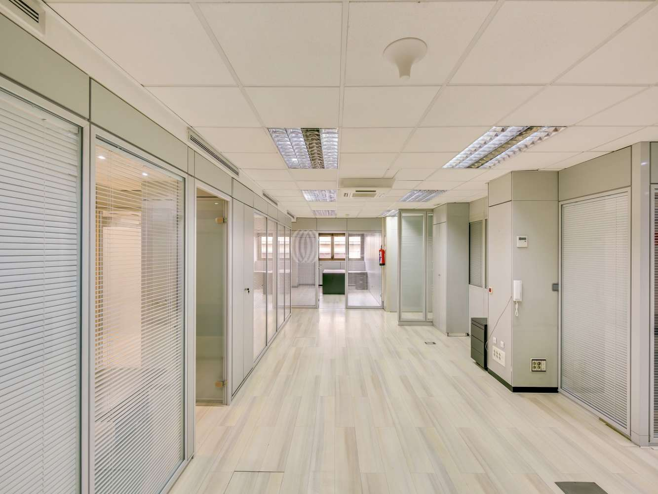Oficina Madrid, 28008 - FERRAZ 50 - 18752