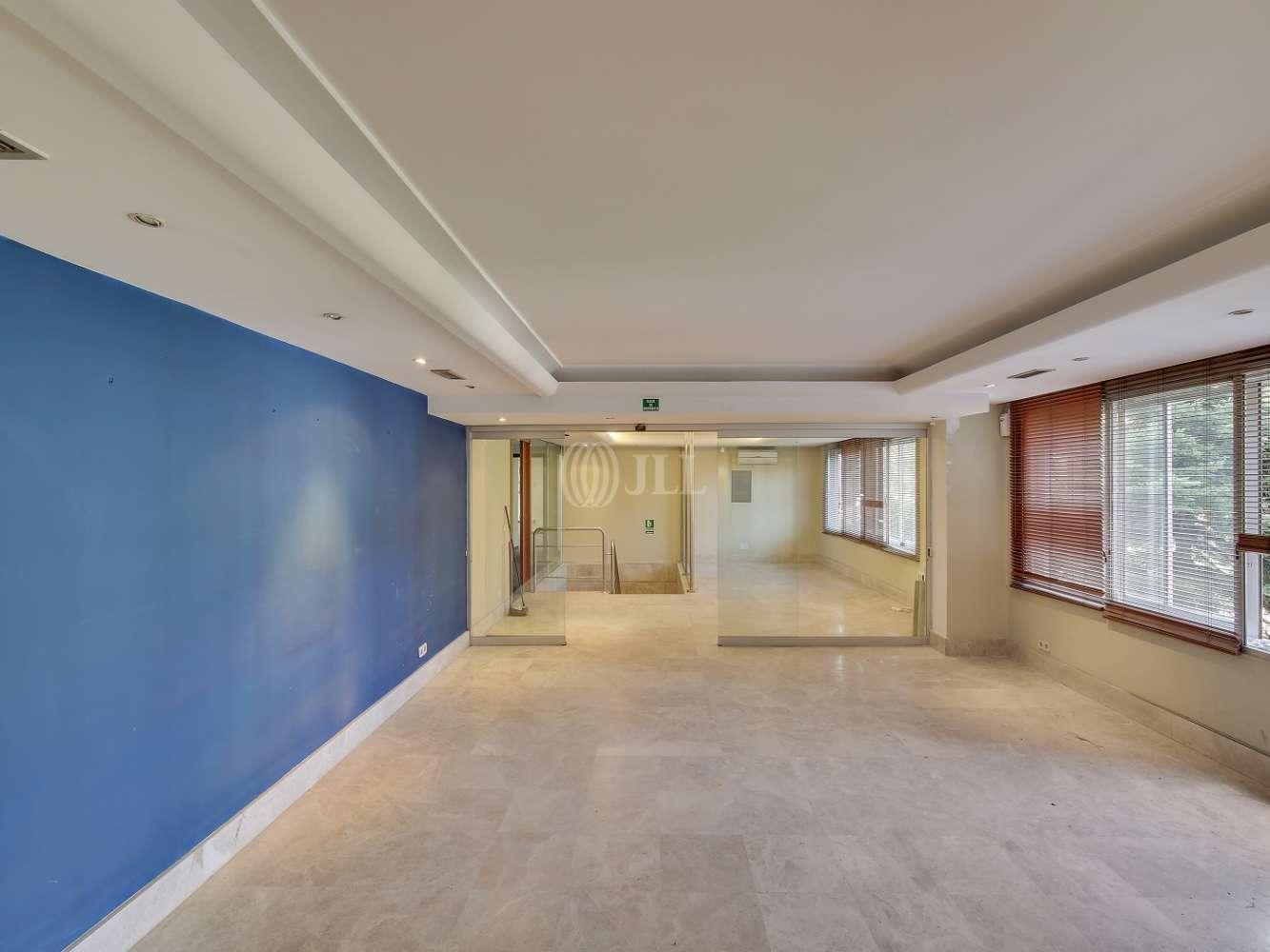 Oficina Madrid, 28016 - FEDERICO SALMON 8
