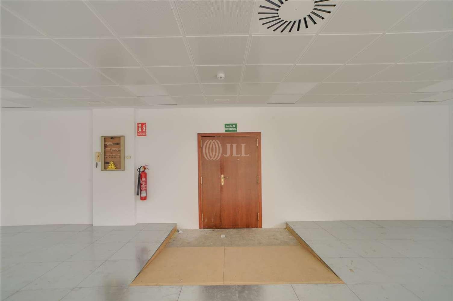 Oficina El prat de llobregat, 08820 - MUNTADAS I - 20300
