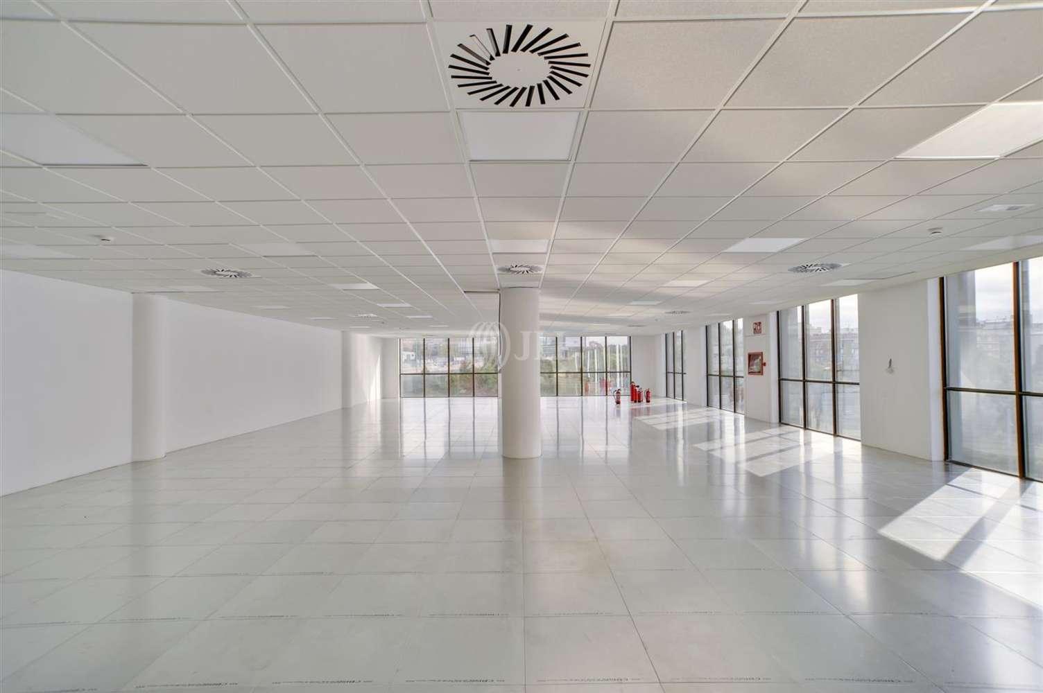 Oficina Sant just desvern, 08960 - EURO 3 - 21048