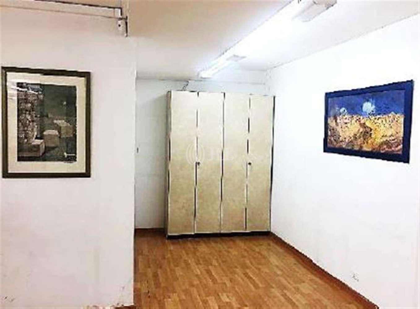 Oficina Barcelona, 08015 - COMTE BORRELL 181-183 - 21181