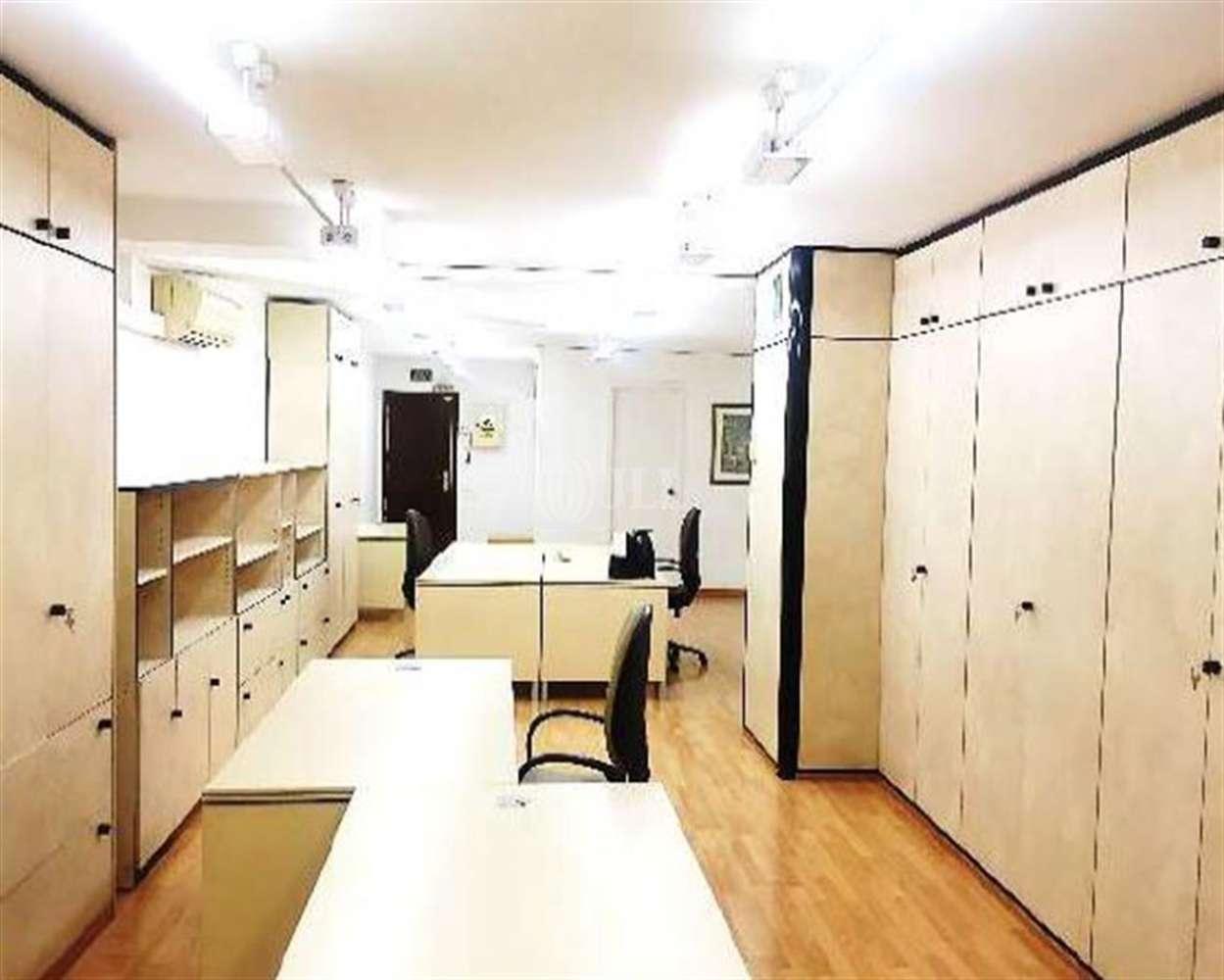 Oficina Barcelona, 08015 - COMTE BORRELL 181-183 - 21182