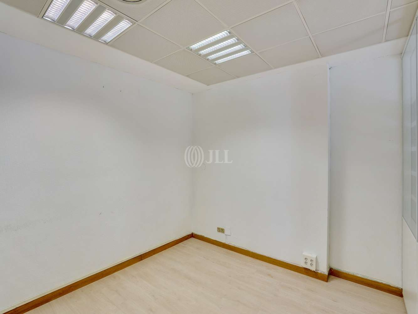 Oficina Madrid, 28043 - ANGEL MUÑOZ 18 - 21772