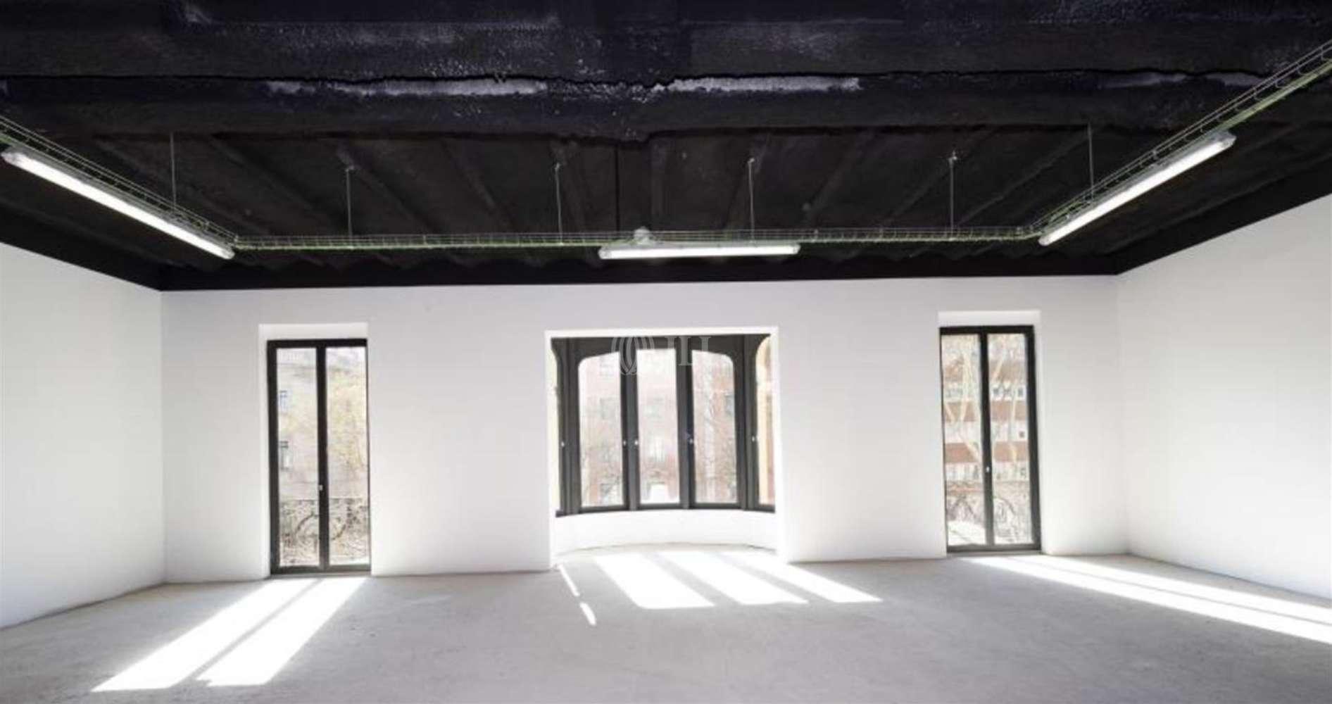 Oficina Barcelona, 08002 - LA RAMBLA 124 - 22466