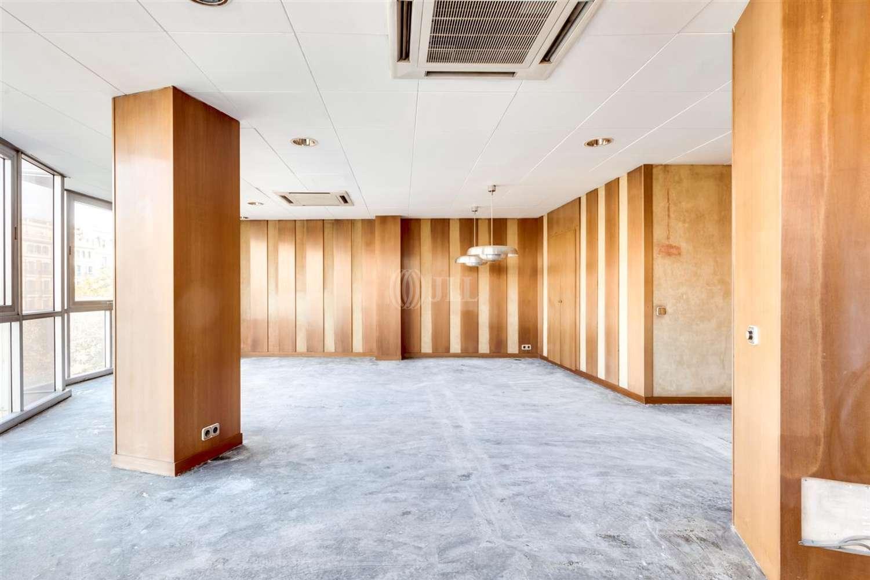 Oficina Barcelona, 08007 - DIPUTACIO 256 - 23017