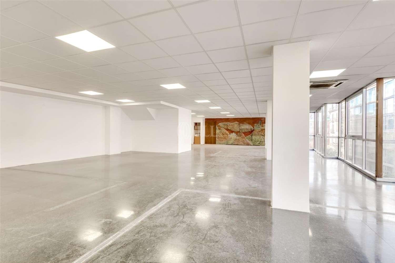 Oficina Barcelona, 08007 - DIPUTACIO 256 - 23021