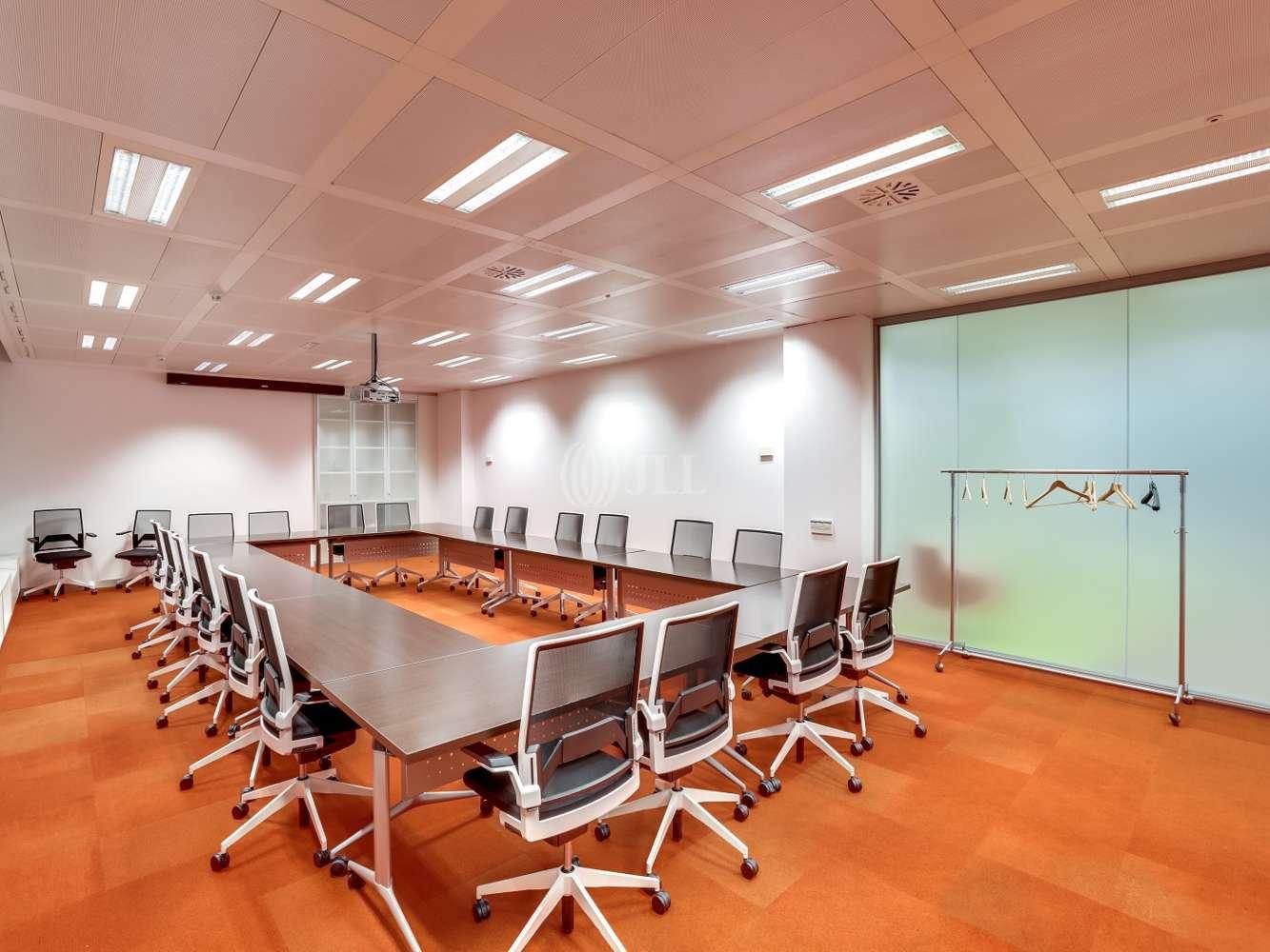 Oficina Madrid, 28033 - SAN LUIS 25 - 23245