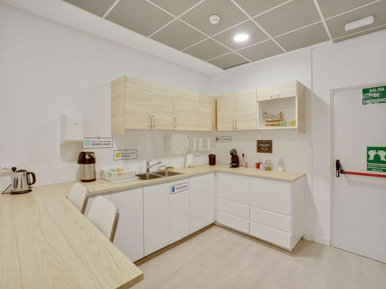 Oficina Madrid, 28050 - Coworking - MANOTERAS 24 - 23554